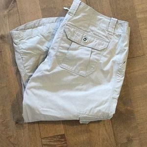 Ladies cargo Capri.  Fit small for a 10.